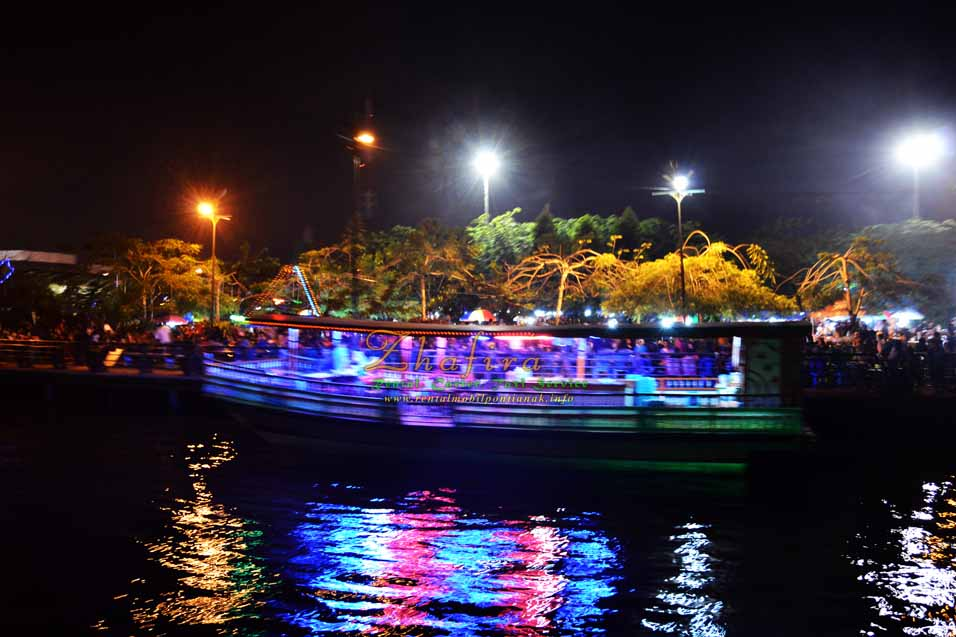 Kapal Pesiar Lancang Kuning, Jalan-jalan di sungai kapuas