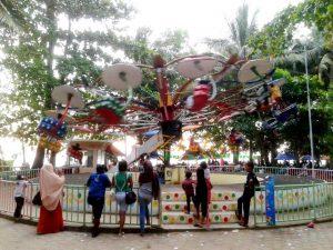 wisata pantai batu payung mimi land bengkayang singkawang
