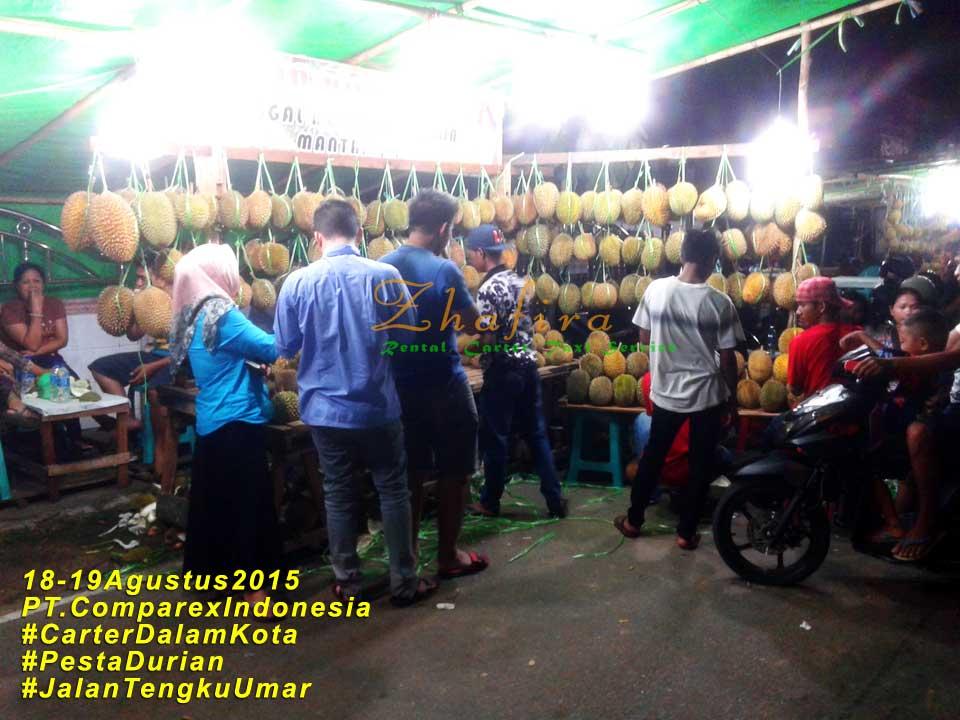 3pesta-durian-pontianak1