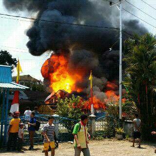 Breaking News – Si Jago Merah mengamuk, Kebakaran di Sanggau