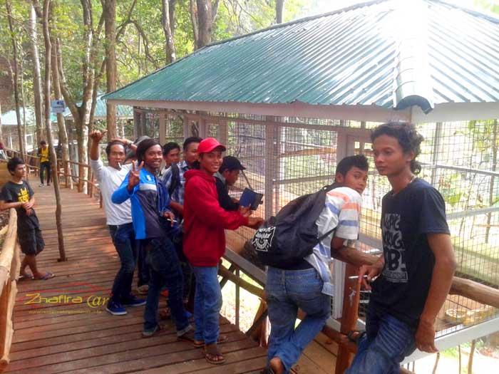 Tim Pekerja Asrama TNI Segedong ke Singkawang