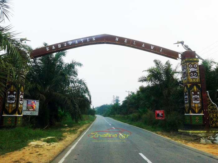 gerbang kabupaten melawi