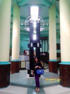 tugu khatulistiwa, equator monument,