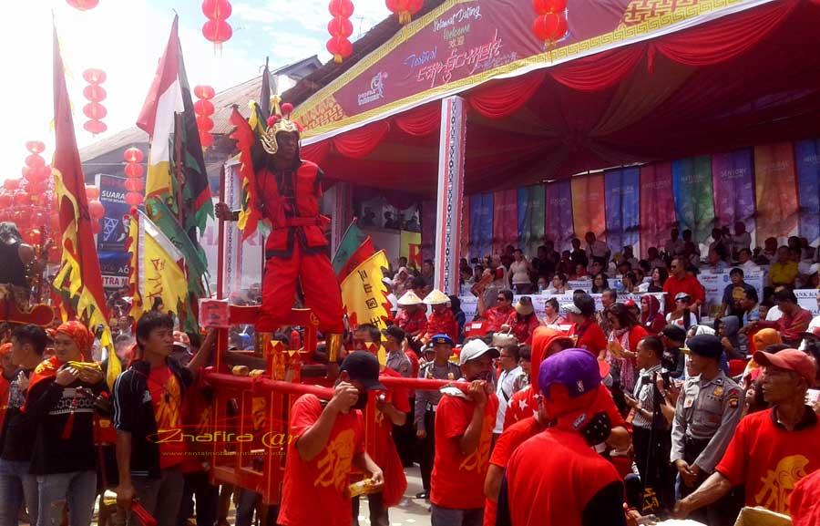 festival cap go meh singkawang